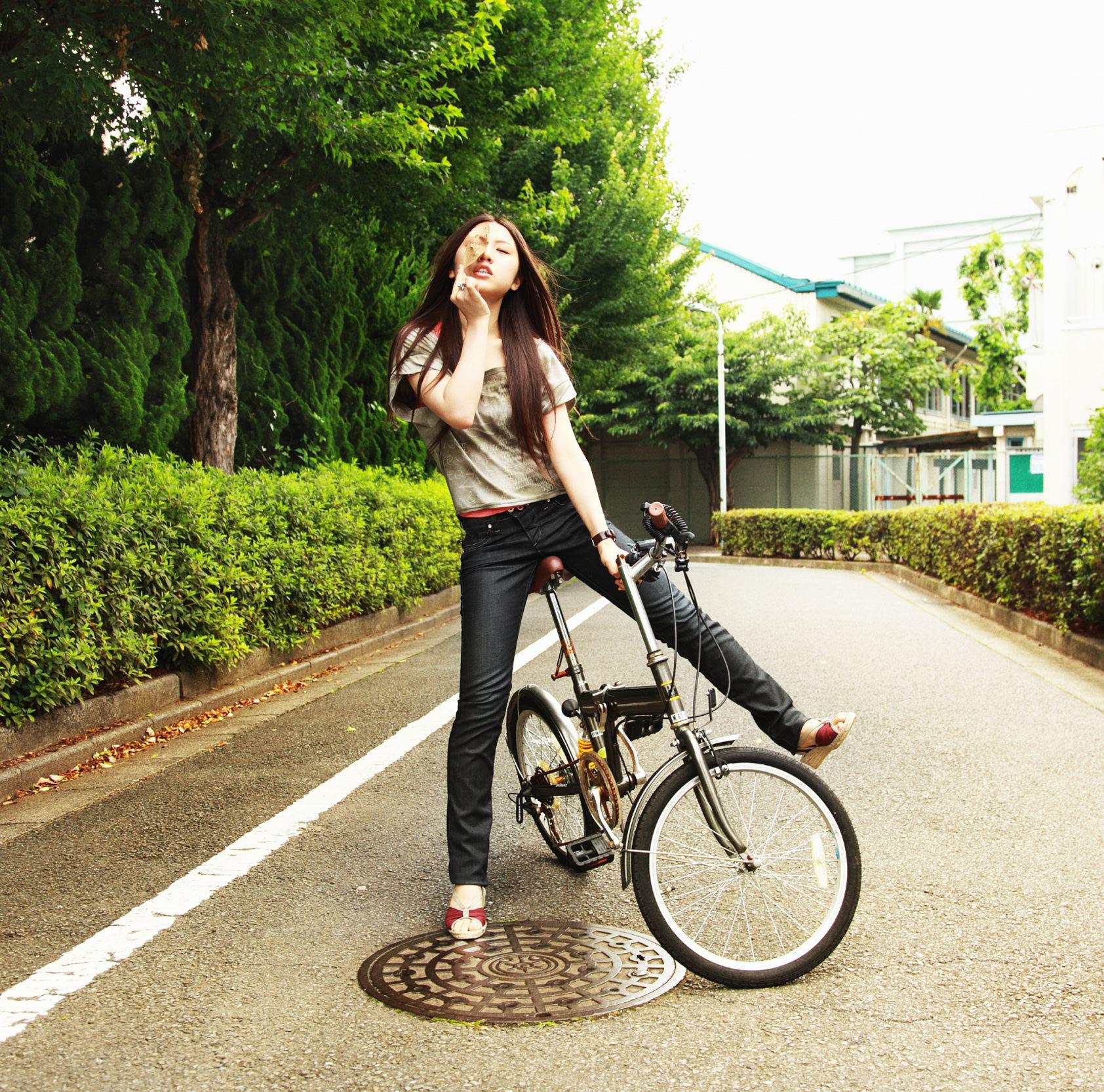 阿部真央 (あべまお) 2ndシングル『貴方の恋人になりたいのです』(2009年8月5日発売) 高画質ジャケット画像