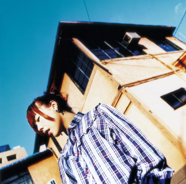 aiko (あいこ) 2ndアルバム『桜の木の下』通常盤 (2000年3月1日発売) 高画質ジャケット画像