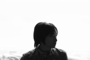 小沢健二 (おざわけんじ) 配信限定シングル『彗星 (すいせい)』(2019年10月11日発売) 高画質ジャケット画像 (ジャケ写)
