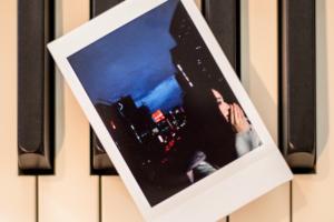 Official髭男dism (オフィシャルヒゲダンディズム) 1st デジタルEP『LADY (レディー)』(2017年10月13日発売) 高画質CDジャケット画像 (ジャケ写)