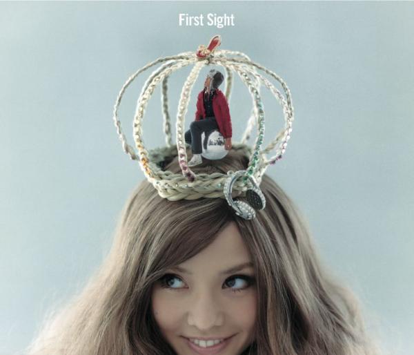 加賀美セイラ (かがみせいら) 4thシングル『First Sight』(2008年11月21日発売) 高画質CDジャケット画像 (ジャケ写)