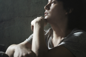 福山雅治 (ふくやままさはる) 27thシングル『家族になろうよ/fighting pose』(2011年8月31日発売) 高画質CDジャケット画像 (ジャケ写)