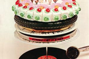 The Rolling Stones (ザ・ローリング・ストーンズ) アルバム『Let It Bleed (レット・イット・ブリード)』(1969年12月5日発売) 高画質CDジャケット画像 (ジャケ写)